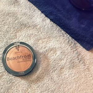 Younique • Beachfront Bronzer